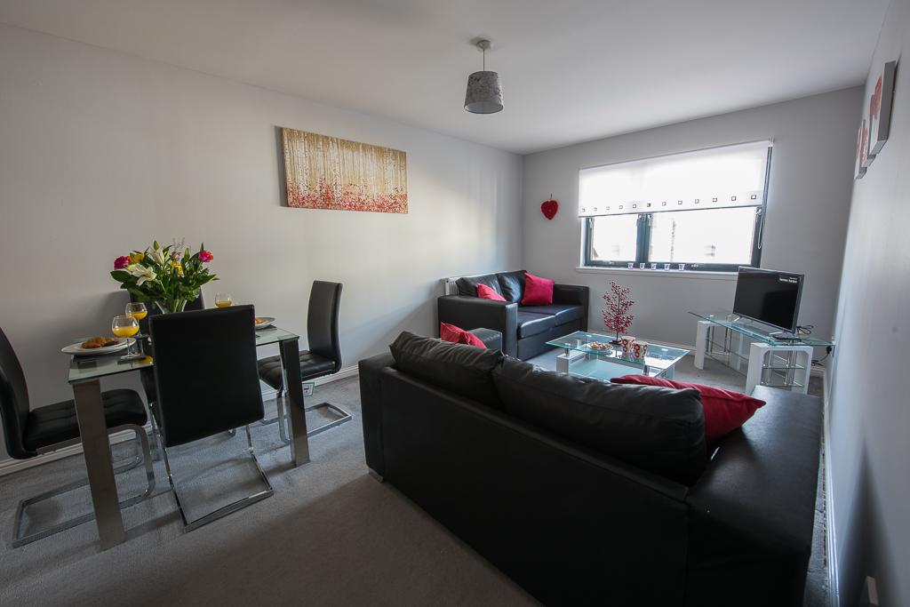 PREMIER – Cambuslang En-Suite Apartment