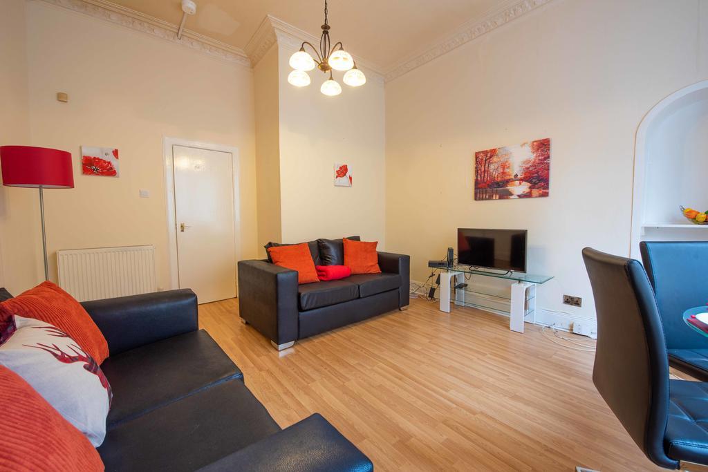 PREMIER – West End Glasgow Apartment