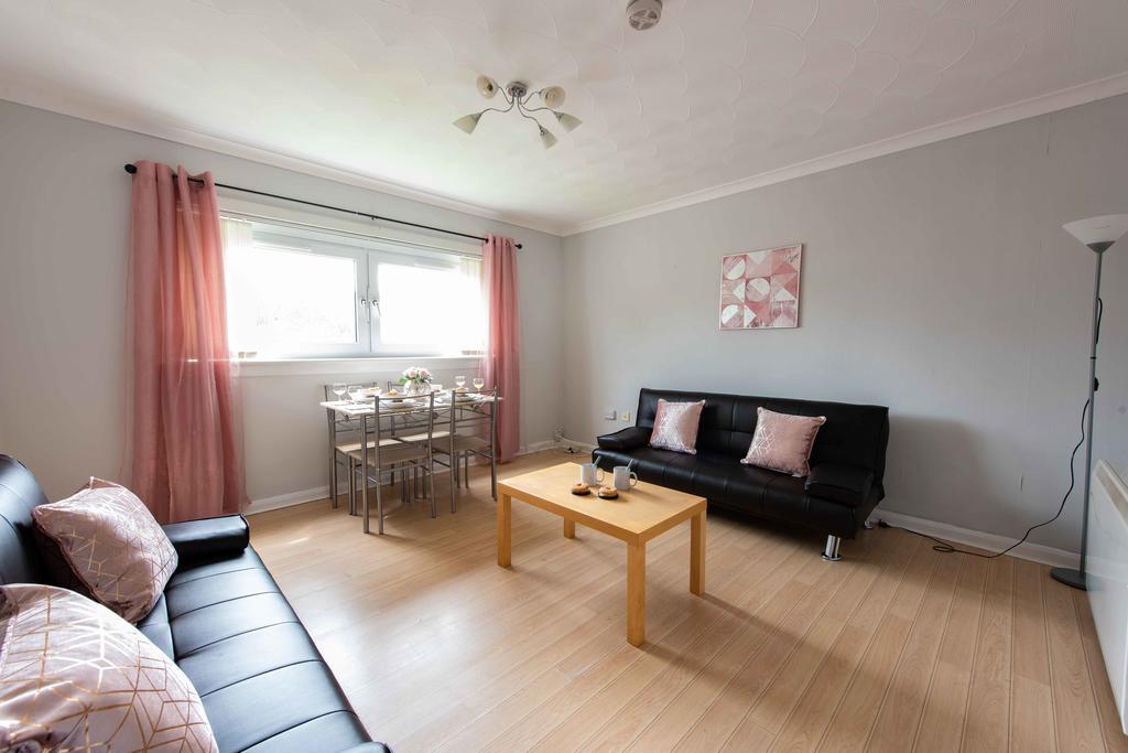 PREMIER – Hamilton Apartment