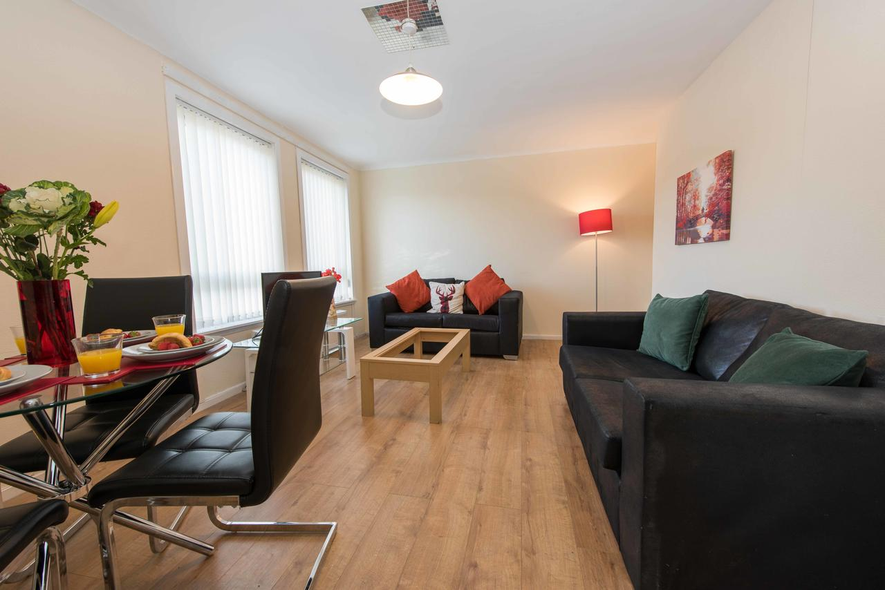 PREMIER – Paisley Road Apartment