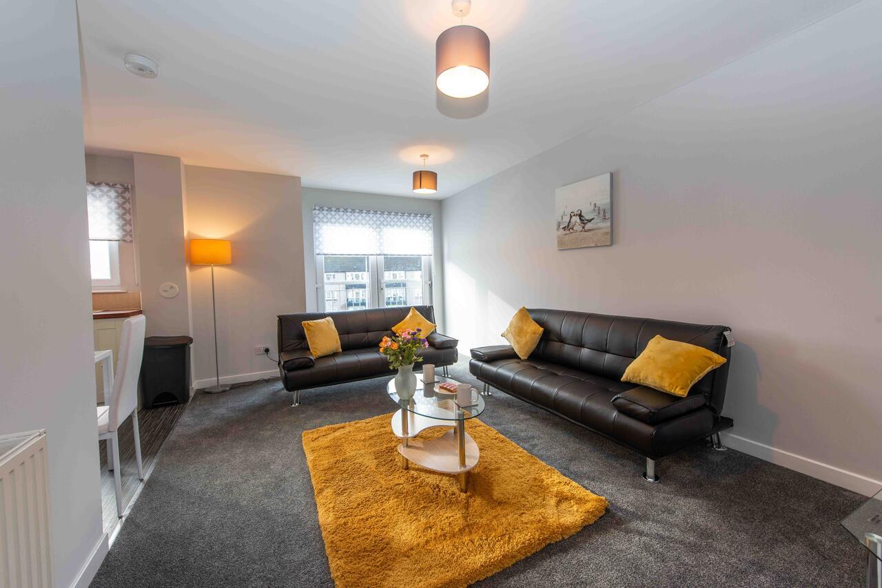 PREMIER – Wishaw En-Suite Apartment